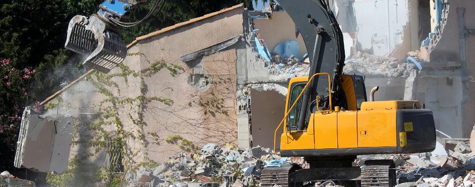 Démolisseur professionnel ? Trouvez les matériels d'occasion indispensables pour vos travaux dedémolitionetdedéconstruction.