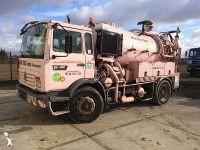 camion hydrocureur